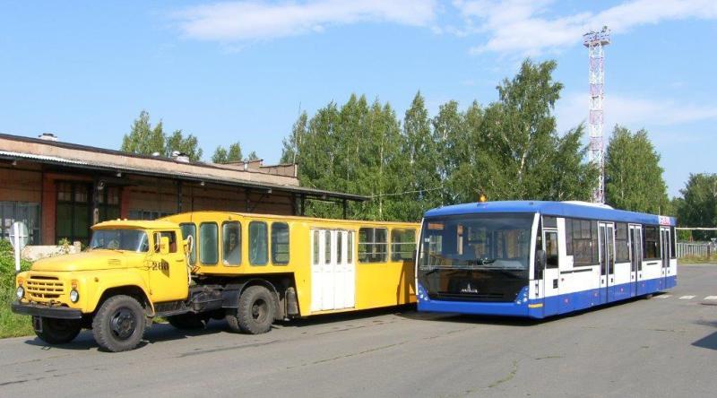 Ижавиа перонный автобус