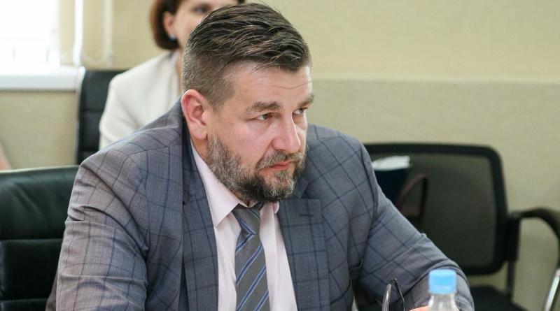 Анатолий Дмитриев Ижкомбанк
