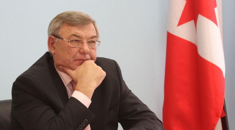 Тюрин Юрий с флагом Удмуртии