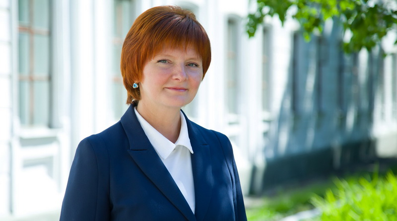 Болотникова Светлана министр образования и науки Удмуртии
