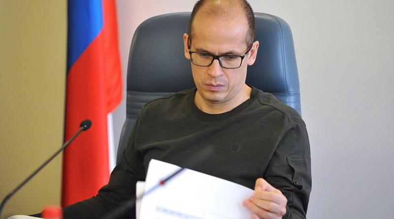 Александр Бречалов без галстука