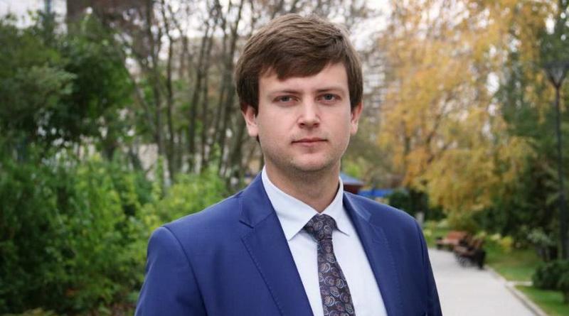 Иван Ястреб министр строительства УР
